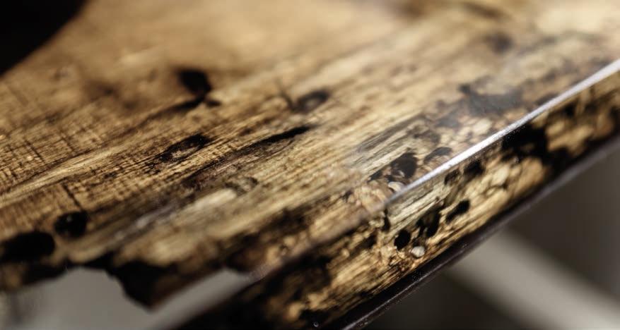 Arredamento bagno, Piano in legno