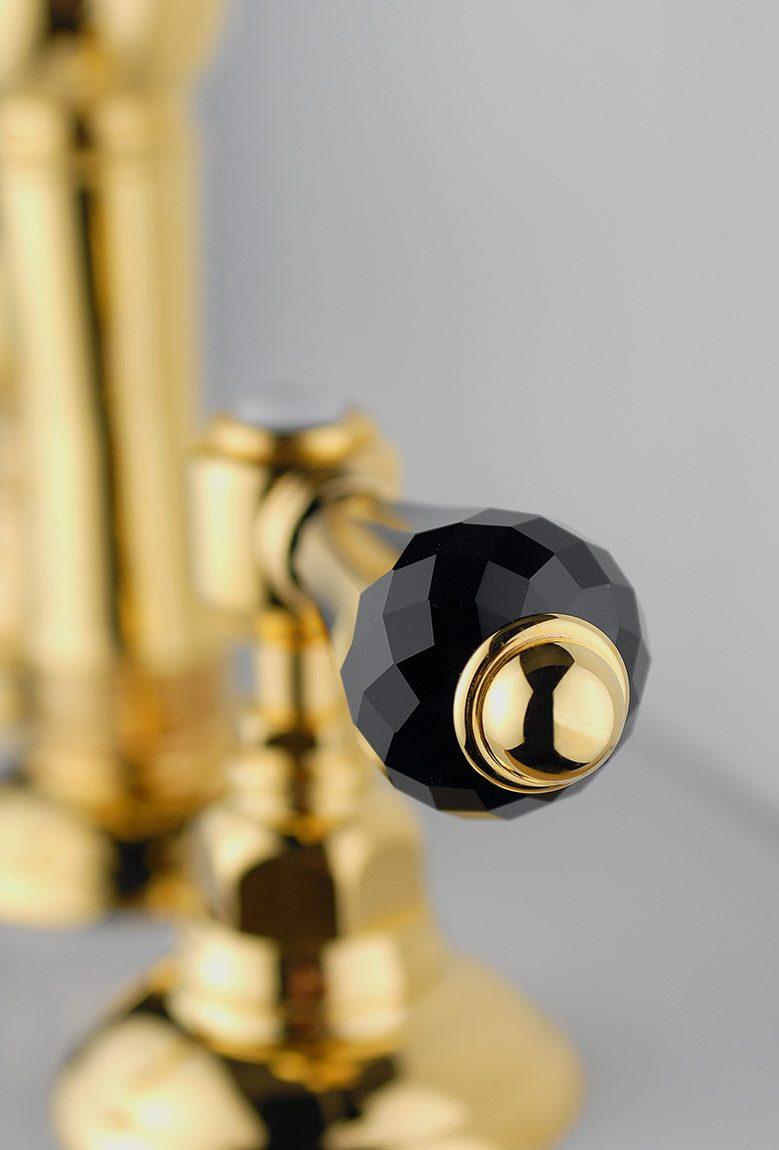 Dettaglio rubinetto collo cigno - con vitone ceramico - Finiture speciali e OG-OL